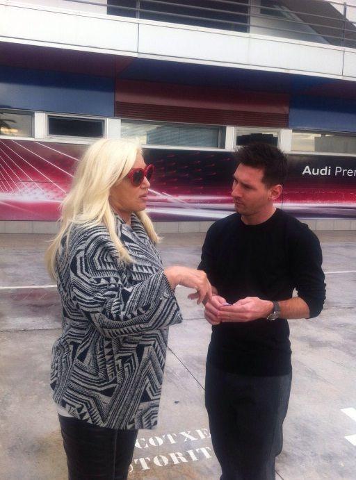 Susana y Messi: juntos en España