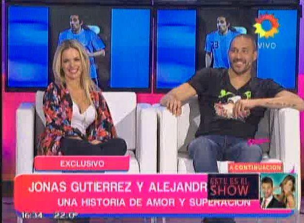 La romántica respuesta de Jonás Gutiérrez cuando le preguntaron a Alejandra Maglietti si dejará su carrera por él