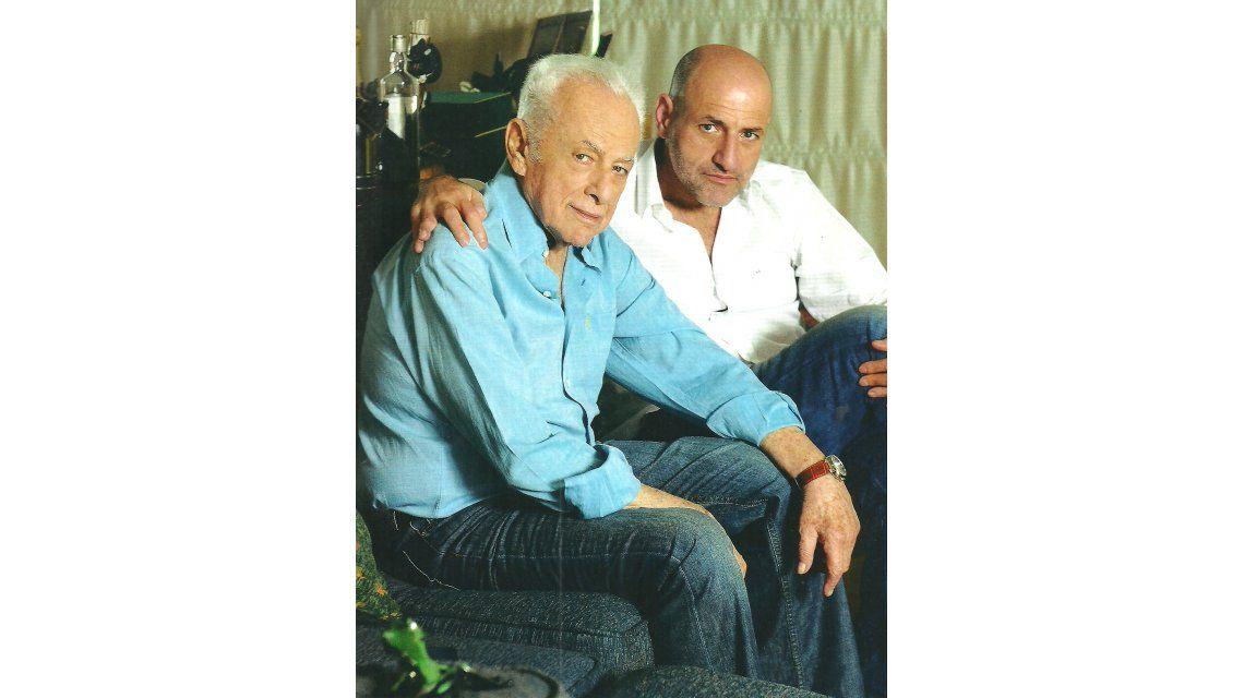 Después de su internación, Gerardo Sofovich se confiesa junto a su hijo