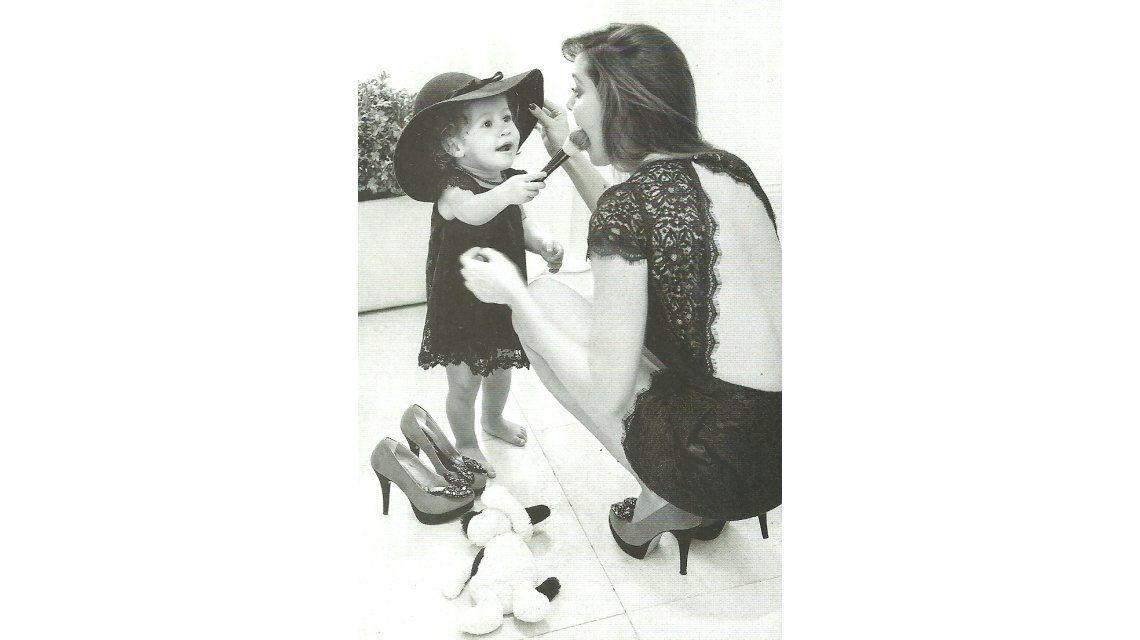 Familia de artistas: La hija de Diego Torres y Débora Bello debutó como modelo