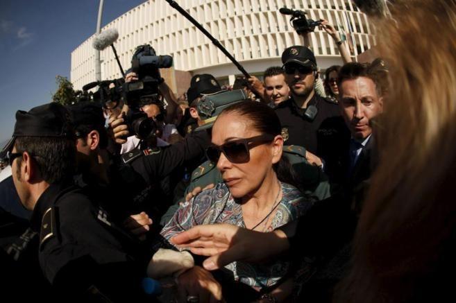 Detuvieron a Isabel Pantoja por lavado de dinero