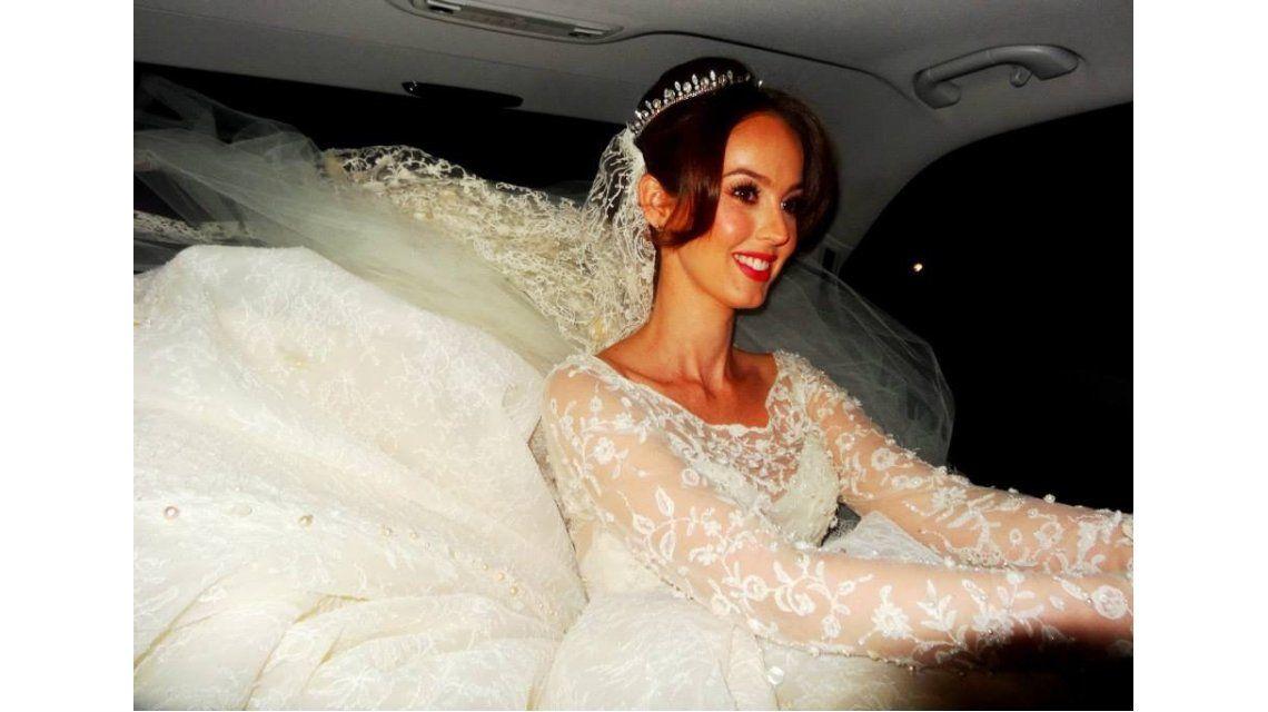 Fotos inéditas de la boda de Gabriela Bó, la ex de Cristian Castro, ahora por iglesia