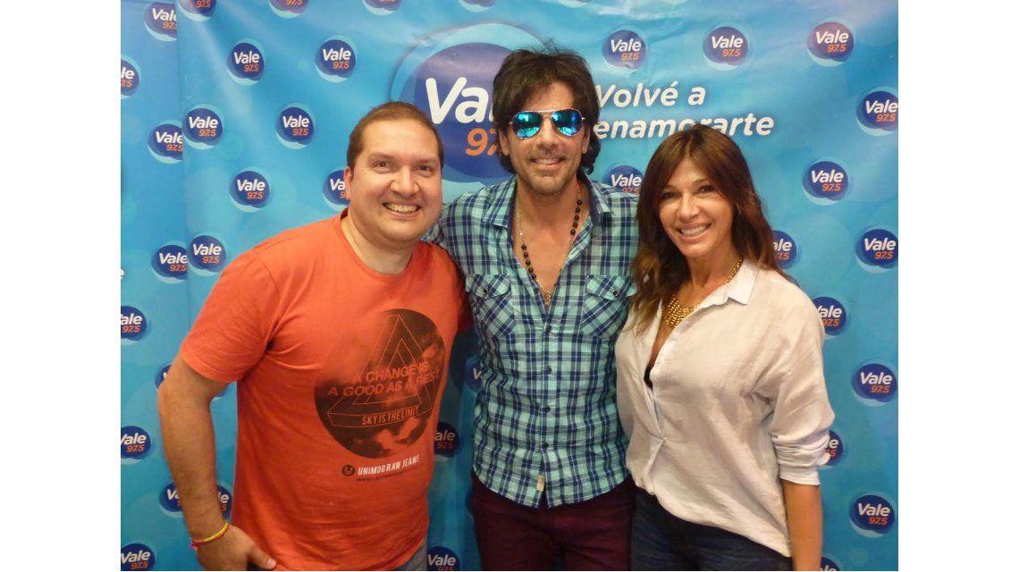 Juan Darthés presentó su disco en Vale 97.5