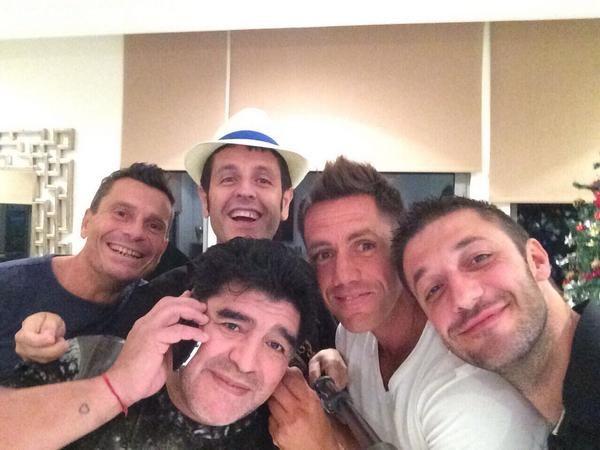 Maradona festeja su cumple en Dubai mientras su imagen pública se degrada