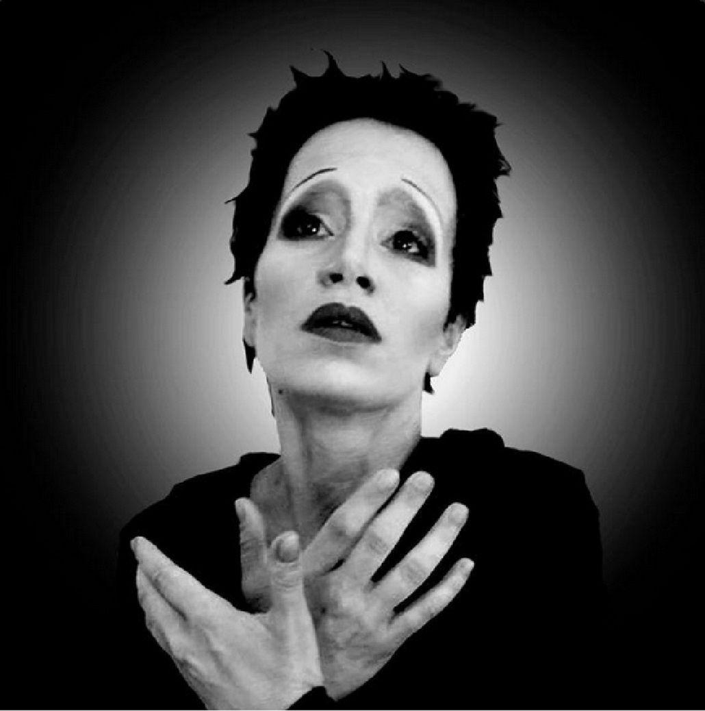 La conmovedora actuación de Flor Peña como Édith Piaf y las mejores imitaciones