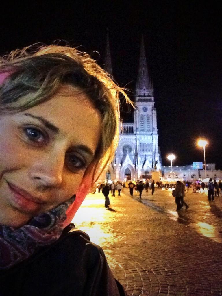 Rocío Marengo, en la peregrinación a Luján: Con ampollas y calambres