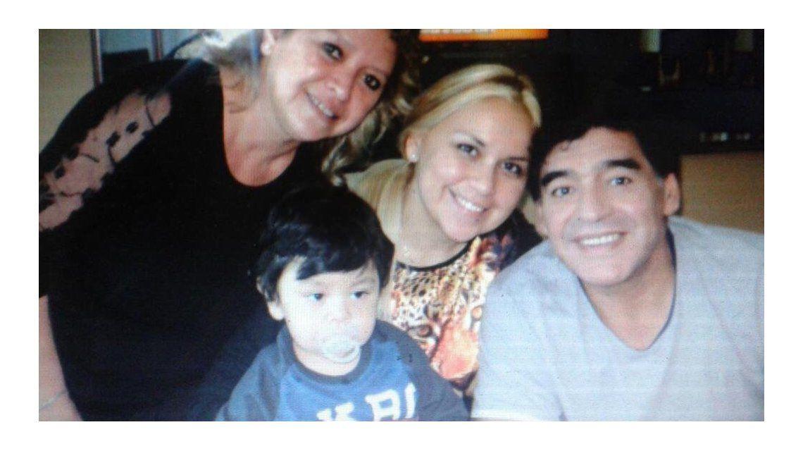 El motivo secreto del viaje de Verónica Ojeda y su hijo a Dubai