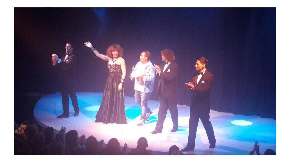 Lizy Tagliani festejó su cumpleaños en el escenario: video y fotos