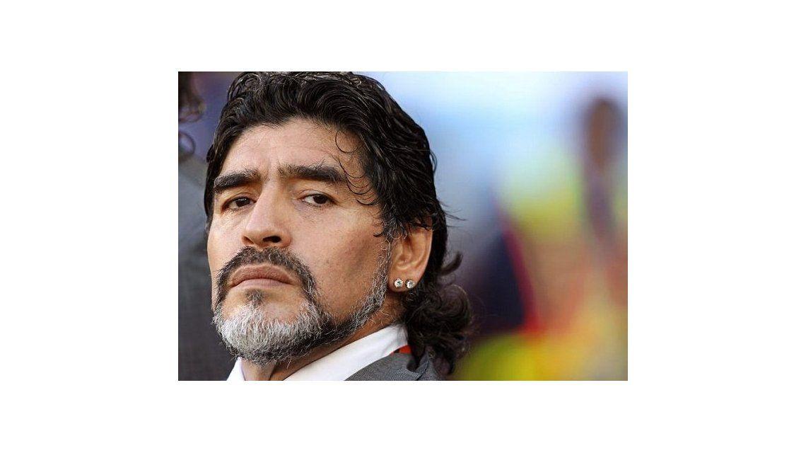 Maradona toma 4 pastillas de viagra por día