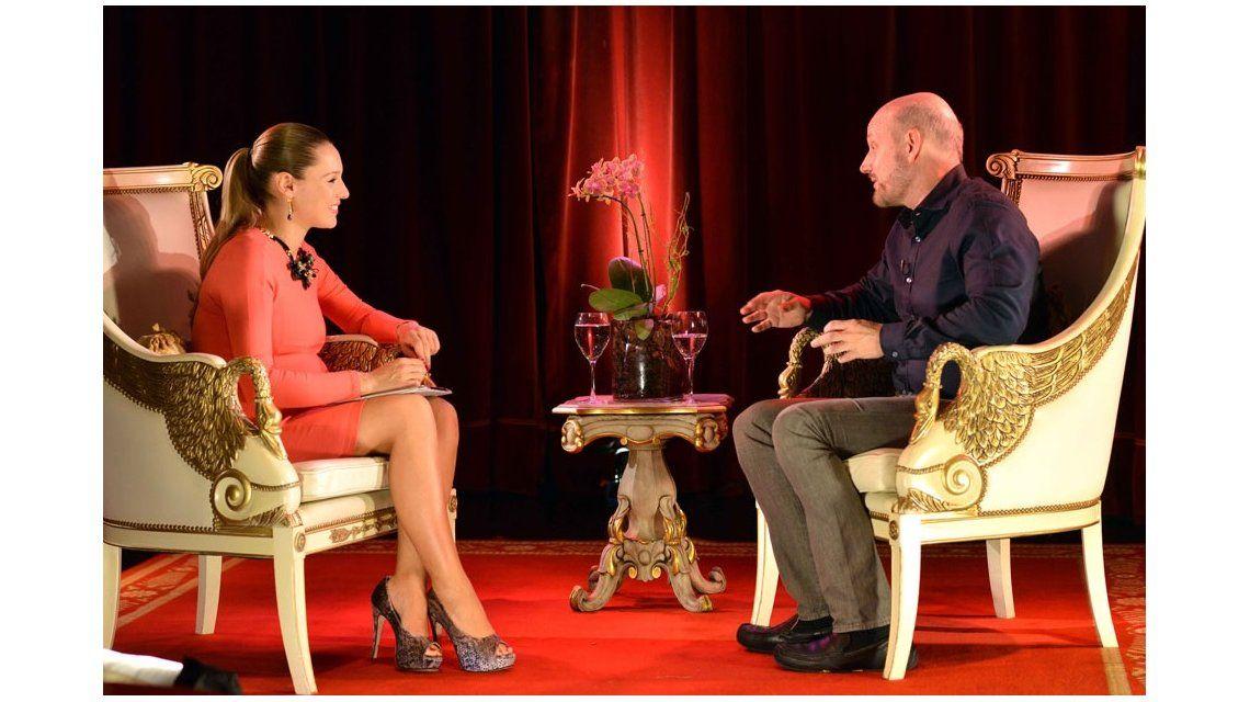 A cinco semanas de dar a luz, Pampita presentó su nuevo ciclo de entrevistas