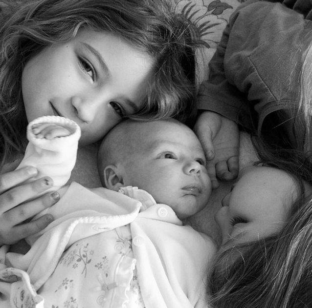 Las tiernas imágenes de Nicole Neumann y su pequeña hija Sienna