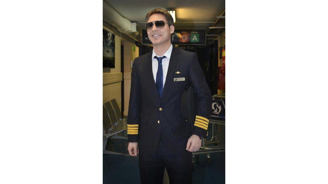 Adrián Suar será un piloto fachero en Guapas: les caerá bien a todas menos a Araceli González