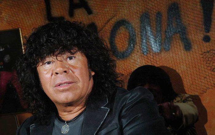 Asaltaron a la Mona Jiménez en la puerta de su casa: se llevaron 500 mil pesos