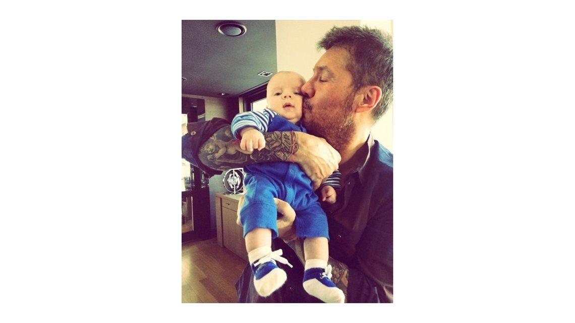 Marcelo y Lorenzo Tinelli: Padre e hijo paseando