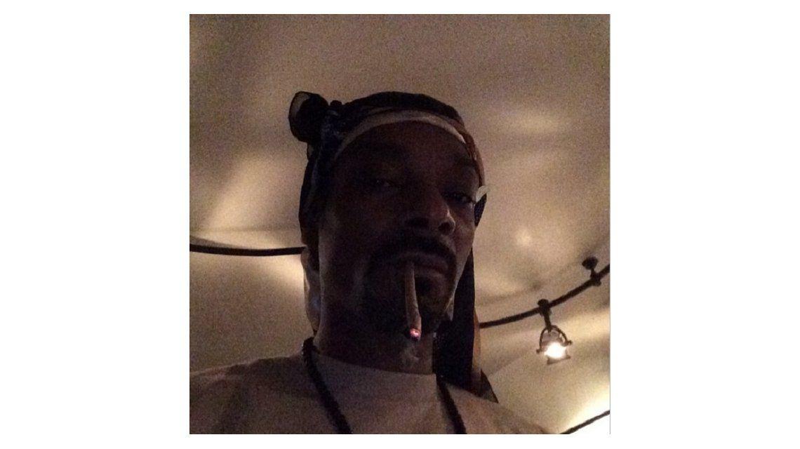 El rapero Snoop Dogg admitió que fumó marihuana en un baño de la Casa Blanca