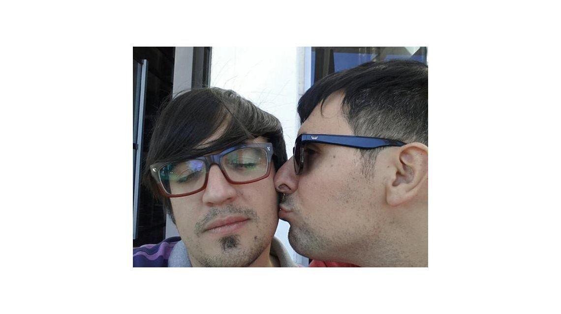 Después de un año de novio con su pareja, se casó la voz de Cupido, Franco Torchia