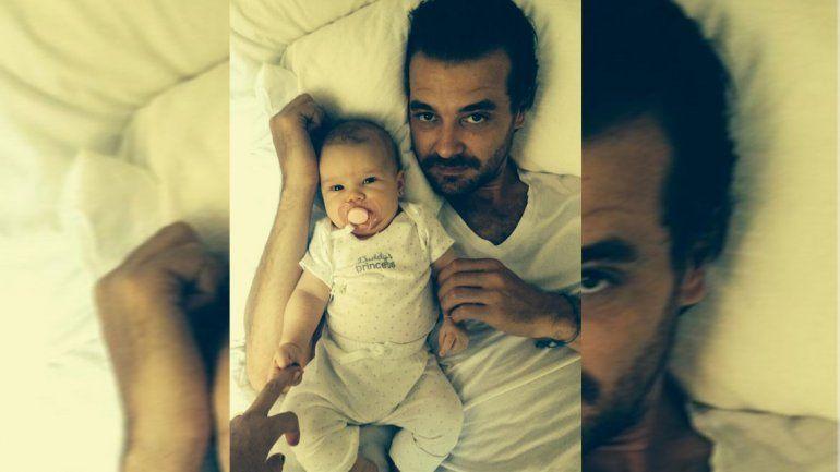 Pedro Alfonso sobre su hija: Me da asquito cambiarle los pañales a Olivia