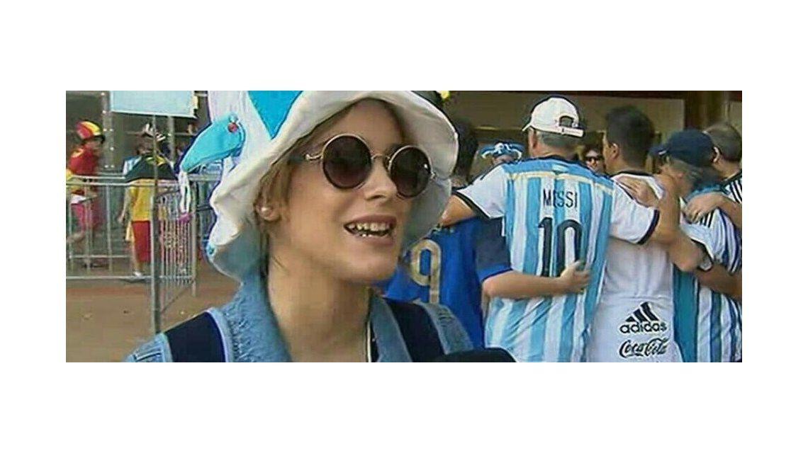 Martina Violetta Stoessel viajó a Brasil a apoyar a la Selección Argentina