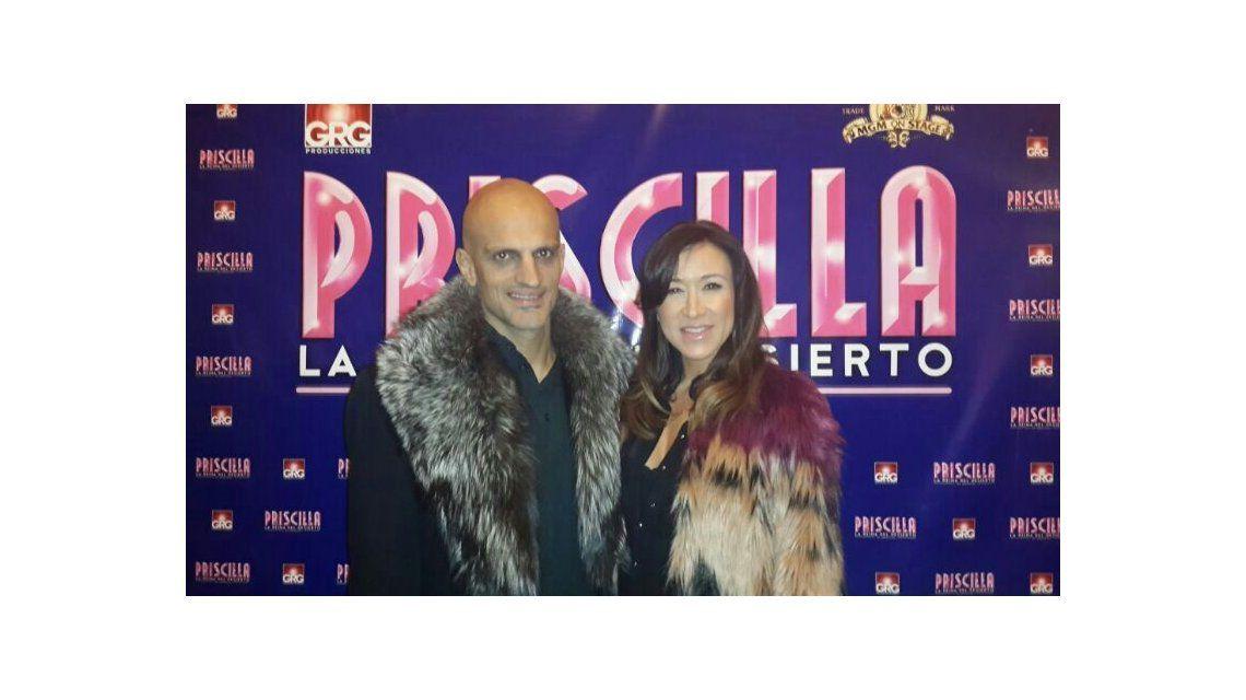 Valeria Archimó y Guillermo Marín festejan su embarazo en el teatro