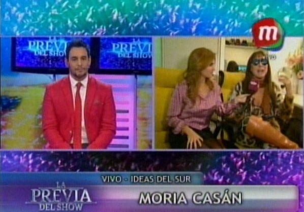 Moria vs Ravelli: Es un mamarracho,  una monita colgada de una palmera y cartonera de cámara