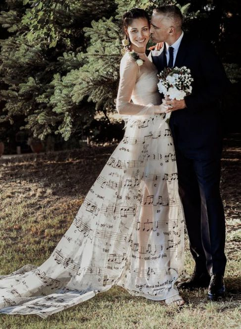 Con 50 años, Eros Ramazzotti se casó con una joven de 24