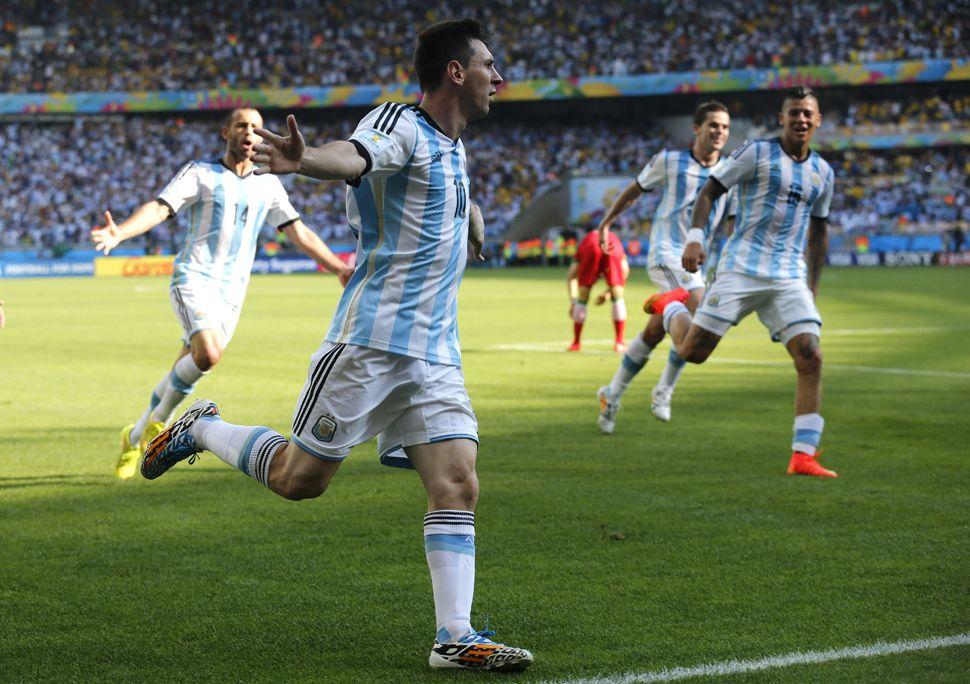 Argentina-Irán paralizó la televisión con picos de 61 puntos de rating