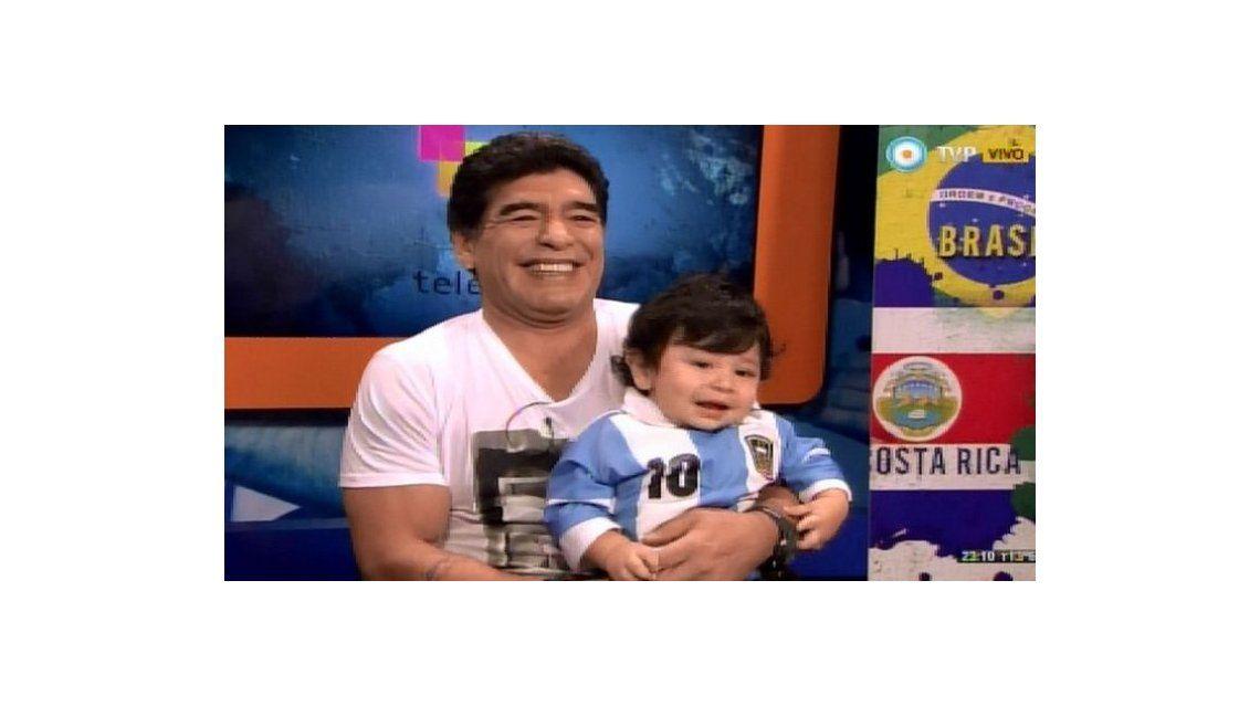 En el Día del Padre, Maradona se mostró por primera vez con su hijo