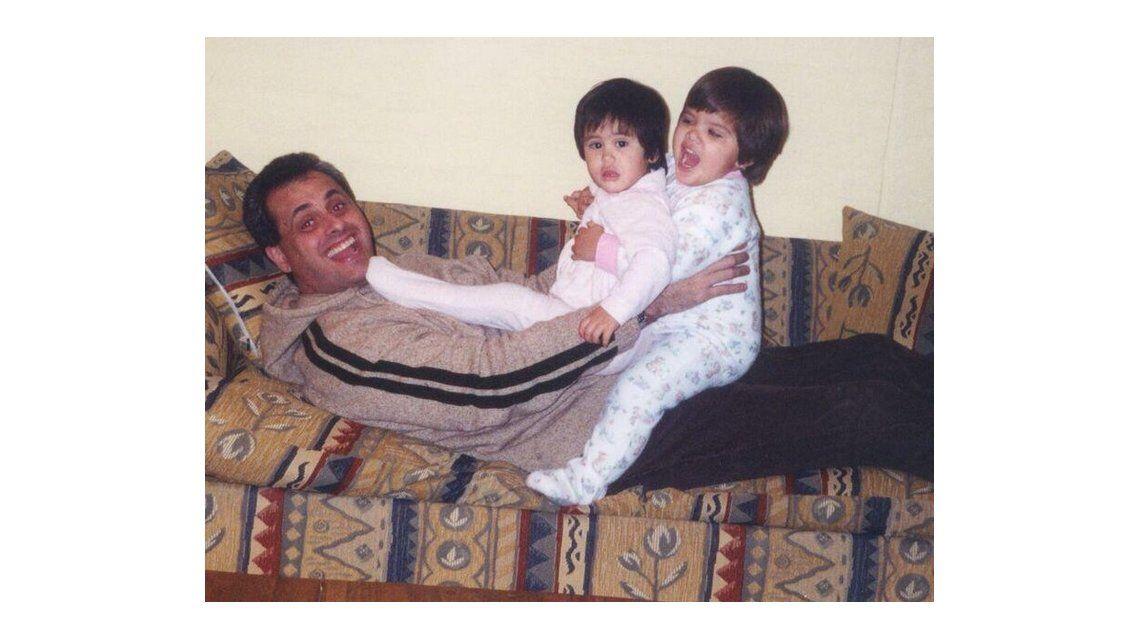Rial festejó con sus hijas en Rosario: Peleándola los tres a puro corazón