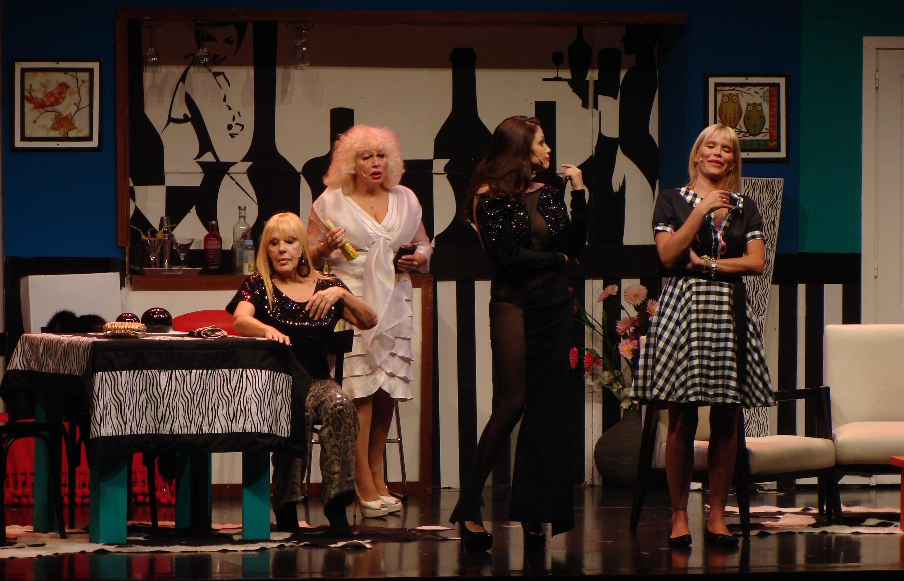 Barbie Vélez debutó en Los locos Grimaldi junto a Nazarena