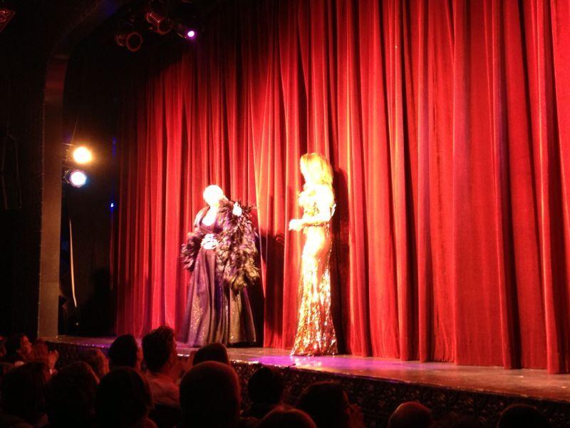 Florencia de la V debutó en Brillantísima, junto a Carmen Barbieri a sala llena