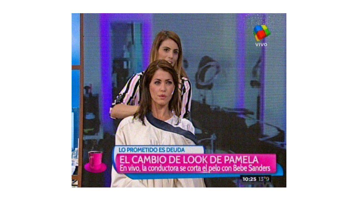Pamela David se cortó el pelo en vivo