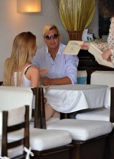 Wanda Nara se casa con otro pero Maxi López se muestra con su nueva novia...  ¡que la copia!
