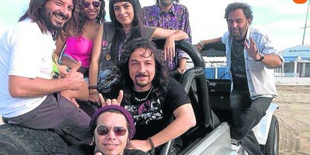 El look retro años 90 de las Viudas e hijas del rock and roll, la nueva tira de Telefe