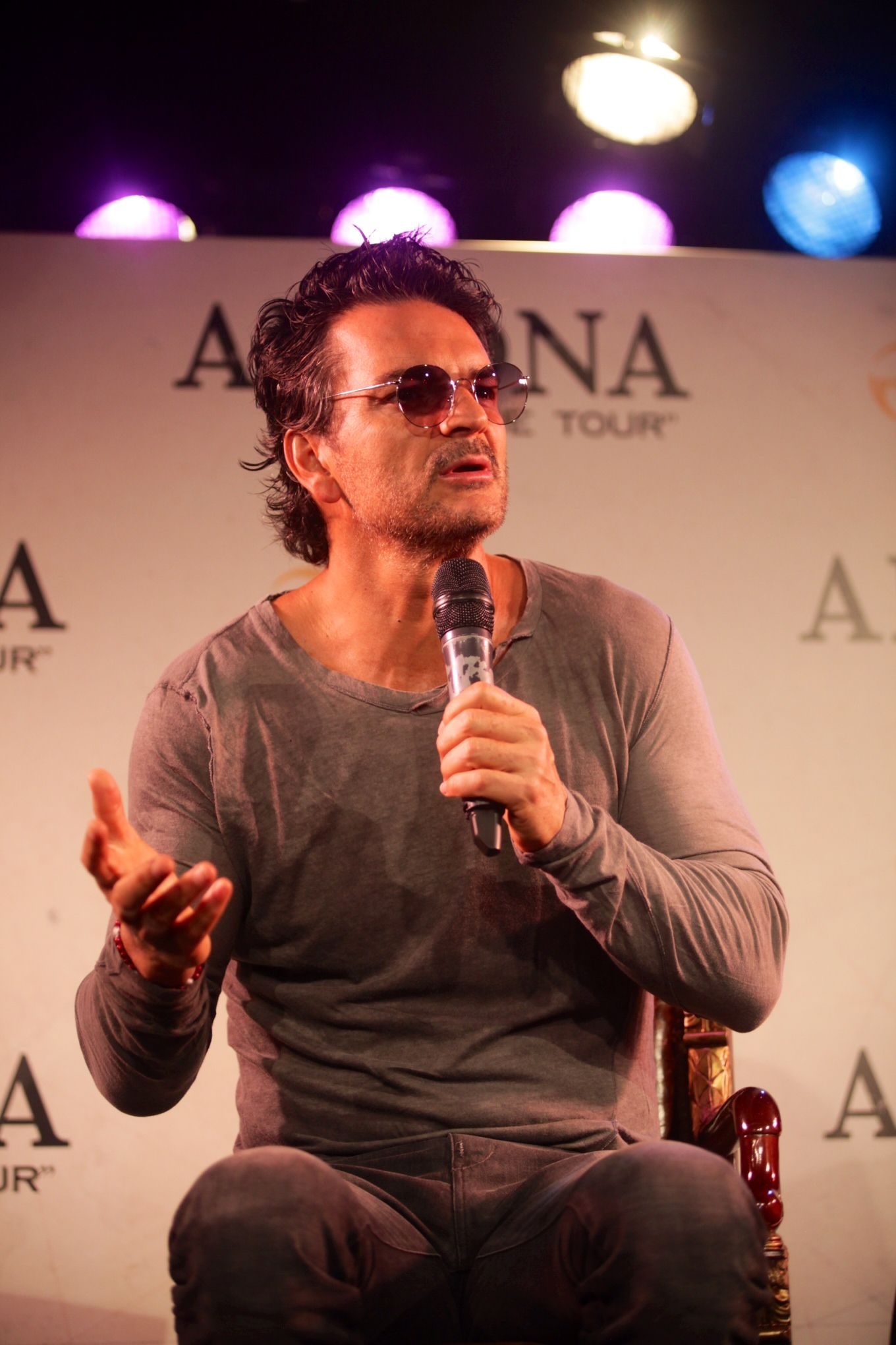 Ricardo Arjona presentó Viaje y adelantó las fechas de sus shows