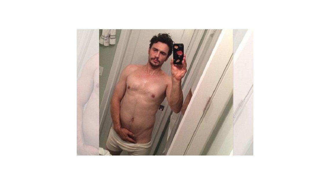 James Franco revolucionó las redes sociales con una selfie desnudo