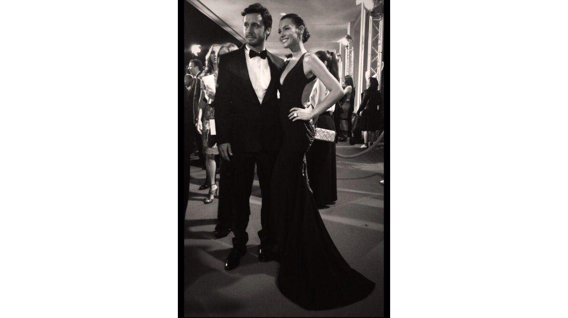 Pampita y Vicuña, los más elegantes en la noche de gala de los Premios Platino