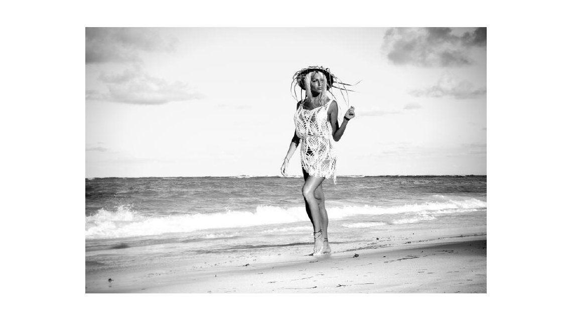 La producción de de la griega Xipolitakis en Punta Cana para la revista Gente