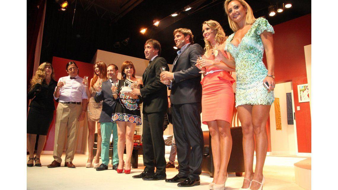 Fabián Gianola festejó su cumpleaños sobre el escenario en Mar del Plata
