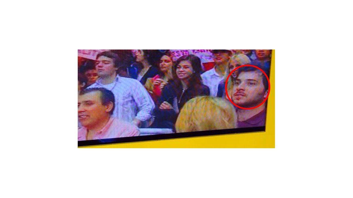 La foto de Brancatelli, el panelista más polémico, en la tribuna de Showmatch