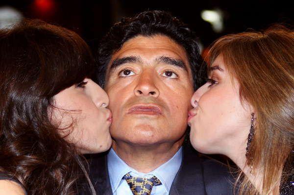 Diego Maradona será papá de nuevo: la reacción de Dalma y Gianinna