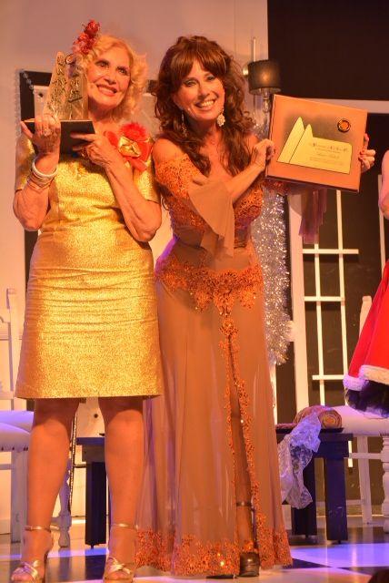 El insólito topless de Gladys Florimonte en la entrega de los Premios Carlos