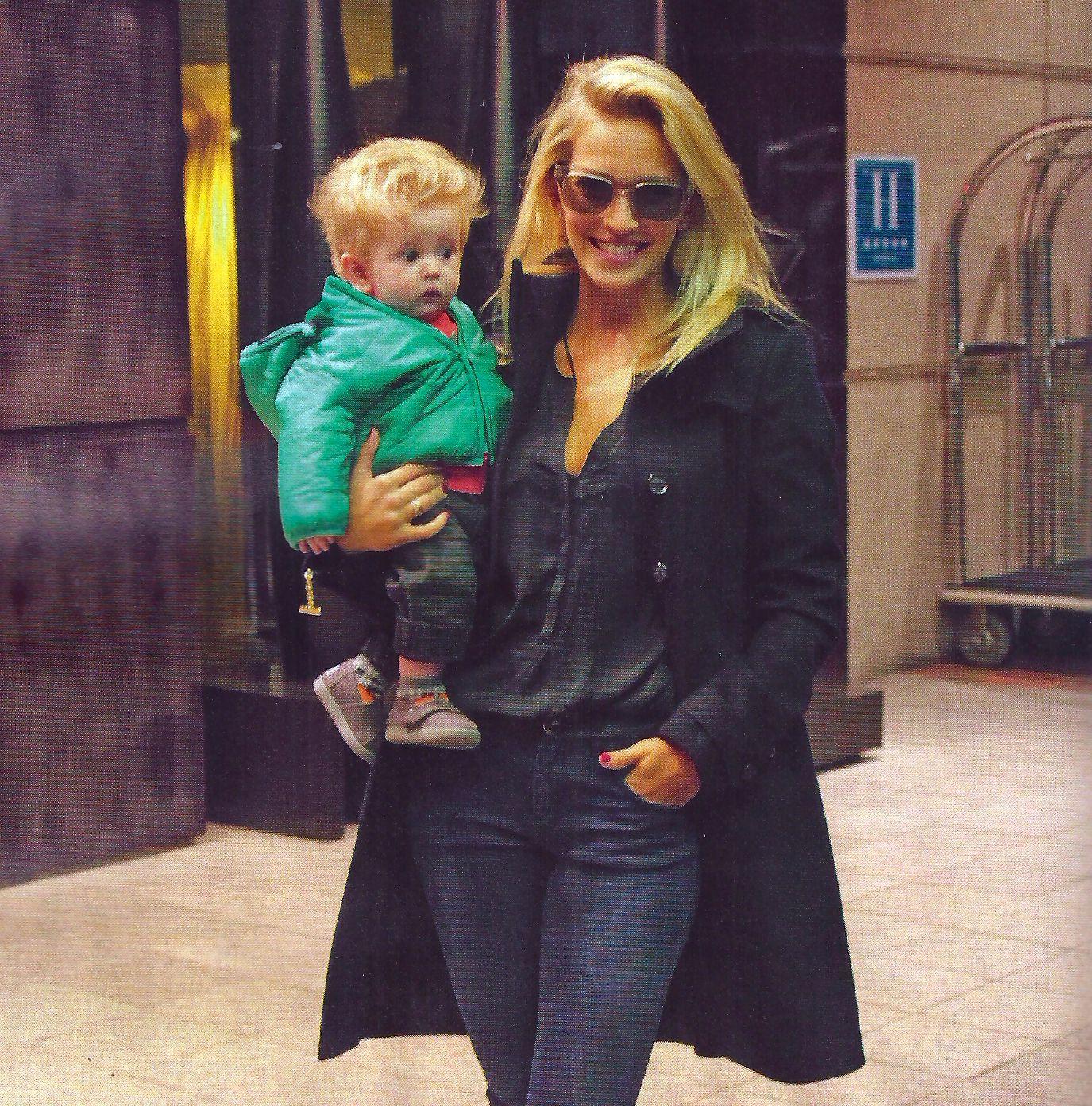 La tierna foto de Luisana Lopilato y su hijo con pelo largo: Es un calco del padre