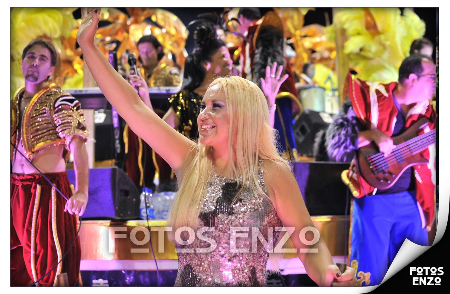 Verónica Ojeda, la reina del carnaval de Gualeguaychú, sorprendió a todos