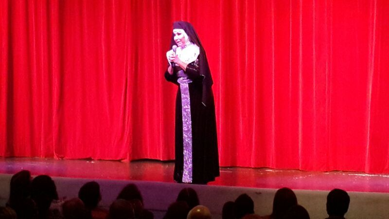 Carmen Barbieri se descompensó anoche en el teatro: Moria salió al toro