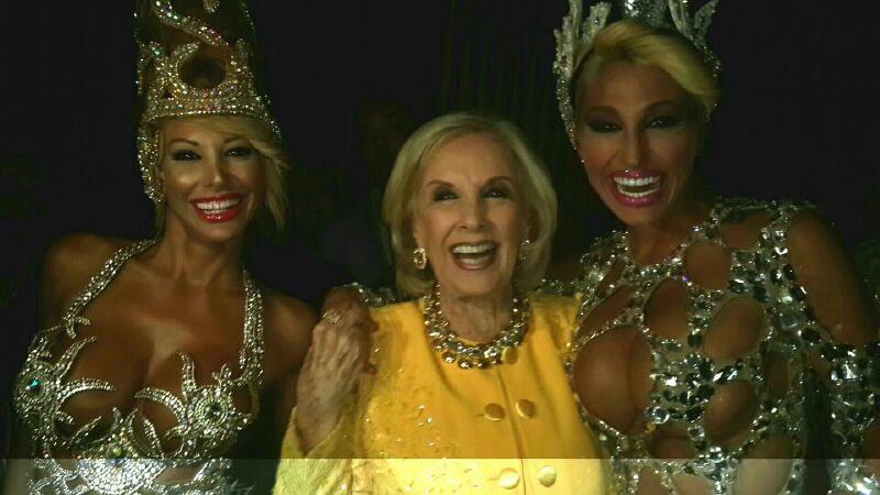 Mirtha Legrand fue a ver Brillantísima, la revista de Carmen y Moria, anoche