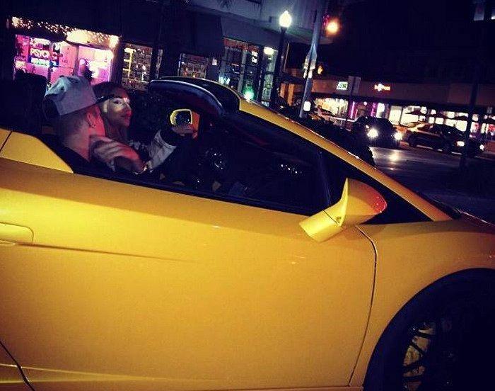 Bieber y su amiga