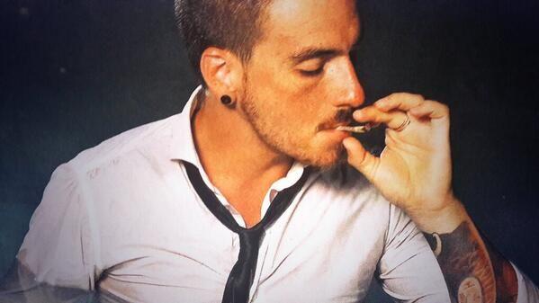 La polémica foto de Federico Balen la que está fumando marihuana