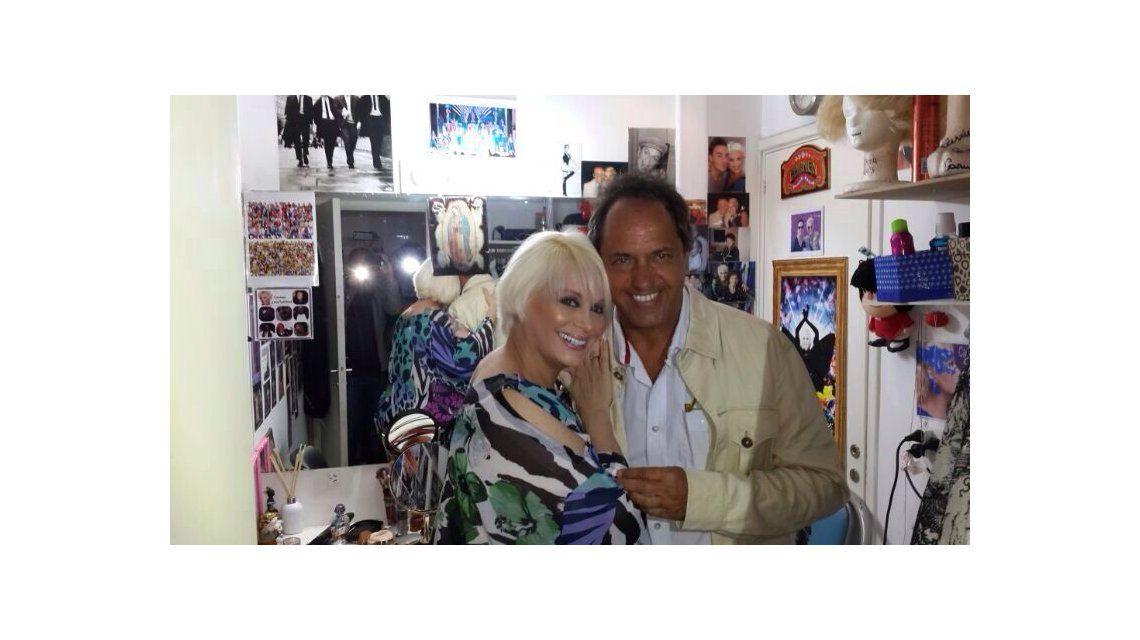 Carmen y un ex en el teatro: anoche fue a verla el gobernador Scioli