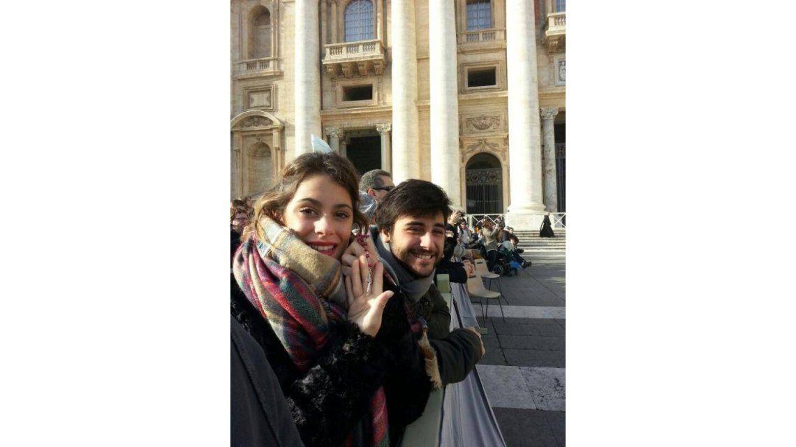 El encuentro de Violetta, Peter Lanzani y el Papa Francisco en Roma