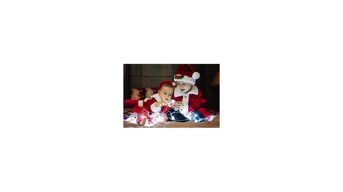 La producción de fotos de los hijos de Eva Anderson y Demichelis para la Navidad